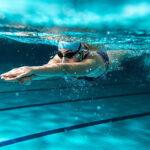 สาระน่ารู้ กับประโยชน์ของกีฬาว่ายน้ำ